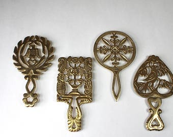 4 Vintage Brass Trivets Folk Art Style Rustic Farmhouse Fred Roberts Made In Japan 1960s 1970s