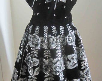I AM SOLD to the lovely Christina - XL Vintage 50's Mexican Glittering Roses Silver Sequins 2 pc Skirt Top