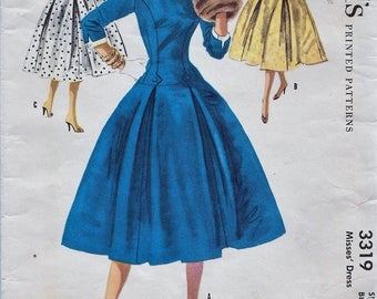 McCalls 3319 / Vintage 50s Sewing Pattern / Dress / Size 16 Bust 34