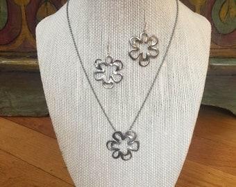 Flower Power Necklace Earrings Set Retired Silpada Modern Artisan Design Curvaceous Abstract Petals Beaded Silver Chain Hallmark 925