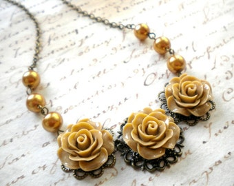 Flower Choker Necklace Gold Bridesmaid Jewelry Pearl Choker Necklace Rose Statement Necklace Gold Pearl Jewelry Romantic Necklace