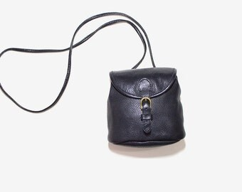 FLASH SALE Vintage Mini Leather Bag / Mini Cross Body Purse / Leather Bucket Bag / Drawstring Purse
