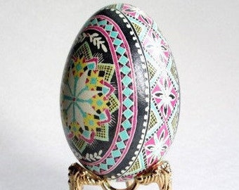 Gifr for mom from daughter pysanka egg Easter egg pysanka Goose egg shell
