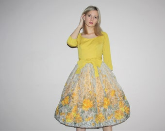 1950s Novelty Border Print Floral 50s Gold Mustard Prom Party Dress - Vintage 1950s Pinup Bombshell Cocktail Dresses - W00371
