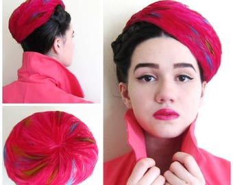 Vintage 1950s Pink Pillbox Feathered Hat / 50s Cocktail Hat with Fuschia Blue Mustard Yellow Feathers