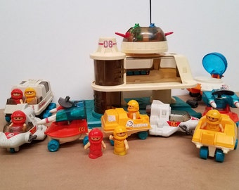 Vintage 1984 Playworld spacestation