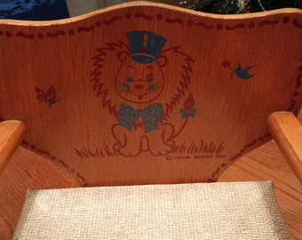 Toddler Booster Seat Young Designs 1963 Mid-Century / Wooden Lion Design / Photo Prop / Vintage Nursery Decor
