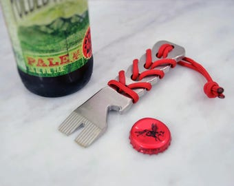 Happy Camper PryBar Multitool - EDC - Brushed Stainless Steel - Paracord Handle