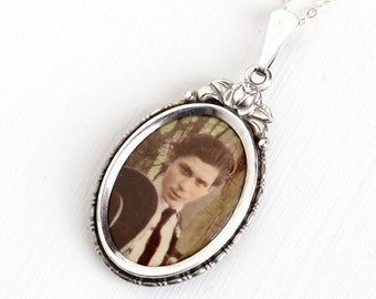 Vintage Art Deco Photographic Pendant Necklace - 1930s 1940s WWII Germany Old Stock Silver Plated Historical Celluloid Man Picture Jewelry
