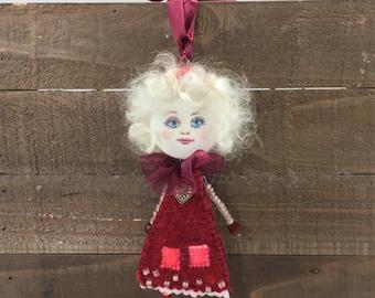 Small handmade art doll, Valentine doll, OOAK doll brooch, mini doll