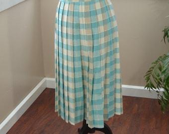 Vintage Blue Pleated Skirt by Tan Jay Light Blue - M