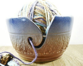 Knitting Bowl - yarn bowl - Yarn Bowl Pottery - Ceramic Yarn Bowl - Knitting Supplies - Yarn Holder - Blue Yarn Bowl - Pottery Yarn Bowl