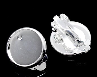 10 Silver Plated Clip-On Earring Blanks, bezel tray fits 12mm round cabochons, fin0645