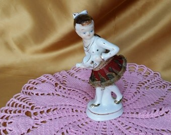 Vintage Girl with Watering Can Figurine Lace Net Skirt *eb