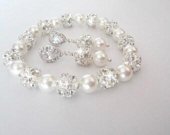 Pearl jewelry set, Pearl bracelet and earring set, Swarovski pearl jewelry set, Sterling silver posts,Brides jewelry set,Wedding jewelry set