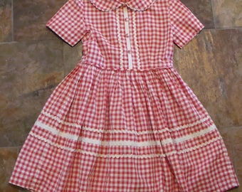 VINTAGE GIRLS DRESS red white gingham with ric rac trim 5 6