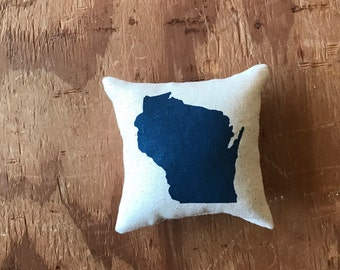 Wisconsin Pillow - Housewarming, Mothers Day, Fathers Day, Wedding Ring Pillow Engagement, Proposal, Ring Bearer, Wedding Favor