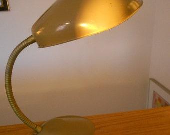 Vintage gooseneck desk lamp.  Retro lamp.