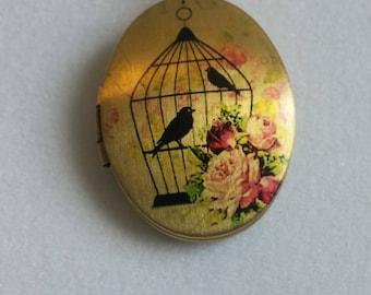 Birdcage Locket. Pendant Necklace . Picture Locket. Gift for Her. Vintage Image Locket. Gift for Her.