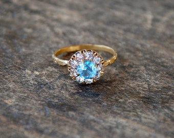 Antique Art Deco Ring Brass Halo Style Blue Topaz and Clear Rhinestones Stamped Design Size 8 3/4 US 1920's // Vintage Costume Jewelry