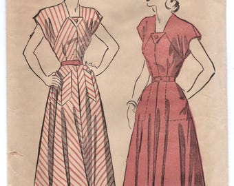 "1950's Advance One-Piece Dress with Pockets Pattern - Bust 38"" - No. 4906"