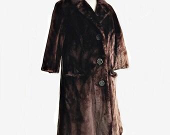 Vintage 60s sheared beaver fur coat/ Gunther Jaeckel chocolate brown mid length coat/ real fur coat
