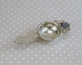 Vintage EPNS Art Deco Style Tea Strainer for Llanstephan South Wales
