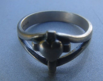 James Avery Cross Heart Ring Size 4 3/4. 811.