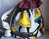 African Crossbody Bag, Drawstring Crossbody Bag, Tribal Print,  Shoulder Bag,  Afro Burgundy Yellow Cross Body Bag, African Print,