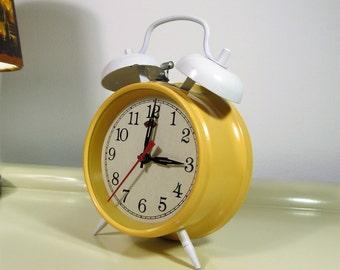 Vintage Twin Bell Alarm Clock in Light Yellow color Vintage Plastic Alarm Clock 70s