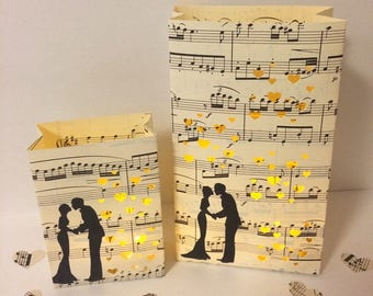 Music Wedding, Wedding Lanterns, Wedding Luminary Bags, Wedding Decor, Music Theme, Vintage Sheet Music, Wedding Lanterns, Wedding Decor