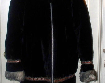 Vintage 1970s Stearns Faux Fur Coat - Hooded - Black with Gray Accent Fur - Aluminum Zipper - Size Large
