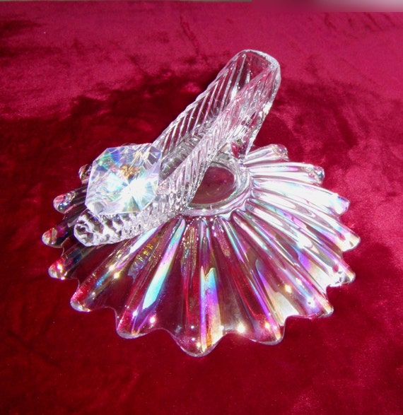 Cinderella Slipper with Iridescent Pillow Bowl & Oleg Cassini