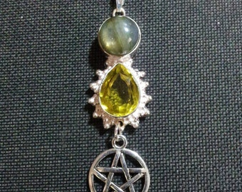 Citrine and Labradorite Pentacle Necklace + Free Shipping Worldwide, Pentacle Crystal Jewelry, Spiritual Jewelry, Pagan Wiccan Jewelry