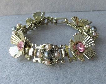 1940's Retro Pink Rhinestone & Grey Faux Pearl Flower Link Bookchain Vintage Bracelet