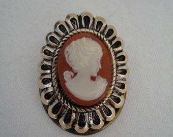 Vintage Rose Goldtone and Lucite Cameo Scarf Clip/Ring/Brooch - Lady/Woman