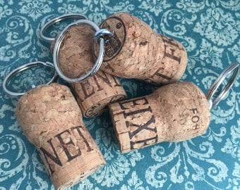 Wine cork key chain - Floating keychain - Wine cork crafts - Champagne cork - Gift for wine lover - Key chain for her - Accessories