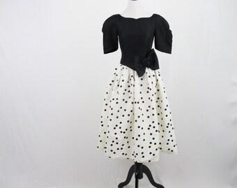 1980s Gunne Sax byJessica McClintock Polka Dot Party Dress Full Skirt Prom Dress