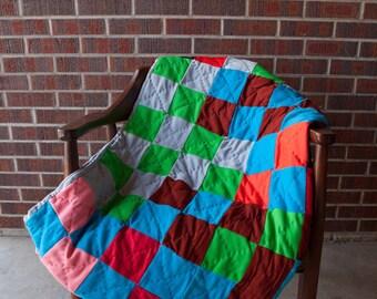Twin size patchwork quilt, polyester quilt, vibrant vintage quilt, vintage children's room decor, cobalt blue quilt, extra long twin quilt