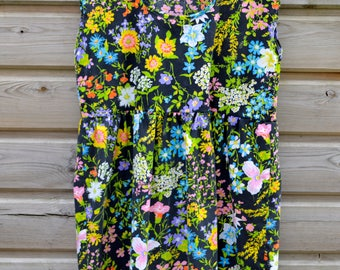 Summer sun dress, smock dress, peplum dress, day dress, vintage fabric, black, floral print,