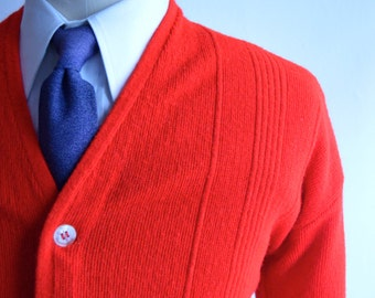 Vintage 60s/70s Bright Red Cardigan with Button Detailing Size Medium/Large