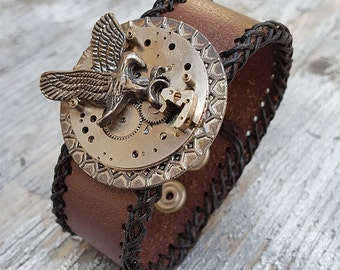 American Eagle Leather Wristband Cuff -Steampunk Bracelet-Steampunk cuff-steampunk cosplay Girlfriend Ladies gift- steampunk fashion