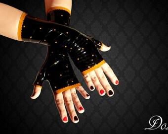 Dolores fingerless latex gloves