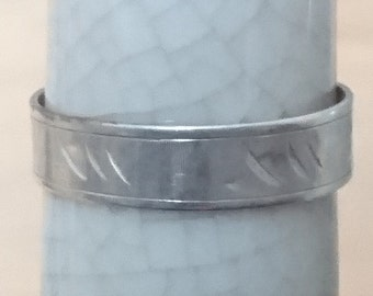 Vintage silver 800 band ring