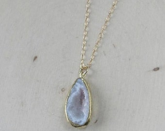 Geode Necklace on a Gold Filled Chain, Geode Jewelry, Geode Necklace, Geode Slice Pendant, Geode Slice, Geode Slice Necklace, Geode Crystal