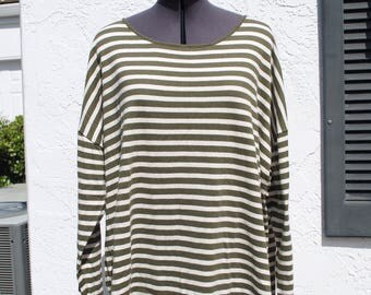 100% Cotton Long Sleeve Striped Green and Off White Top // Women's Size Large