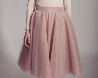 Beautiful tulle skirt in pale rose