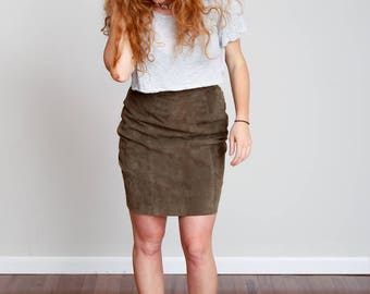 1990s Olive Green Suede Mini Skirt - Modern - Leather - Classic • M