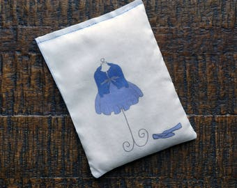 Pregnant Lavender Sachet, Baby Shower Gift, Baby Shower Favor, One-of-A-Kind Baby Gift, Mommy-to-Be Gift, Expecting a Boy Gift