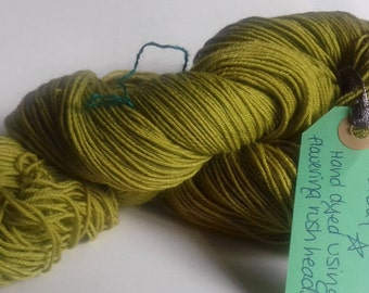 Leaf. 100g (420m) of naturally hand dyed 4 ply sock yarn